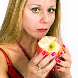 Яблоко при изжоге поможет только временно