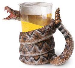 Чрезмерное употребление пива приводит к изжоги