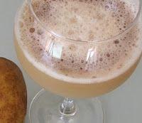 Картофельный сок в рюмке