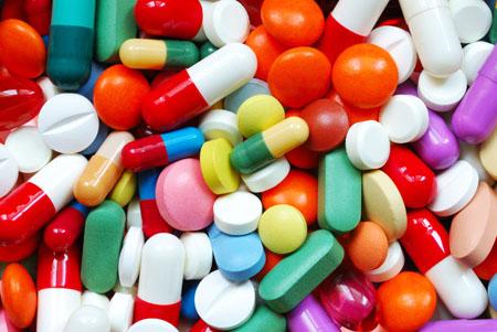 много антибиотиков