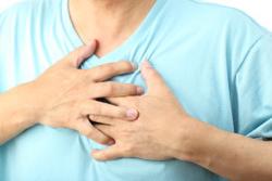 Отрыжка и ком в горле — причины таких симптомов