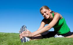 Тяжесть в желудке и отрыжка после еды: причины, профилактика